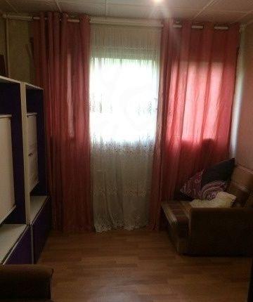 Сдается комната ,   в 3-х комнатной квартире по адресу улица Ушинского 9 к1.